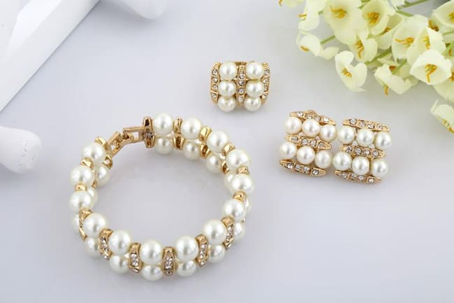 Cool Imitation Pearl Jewelry Sets for Girls