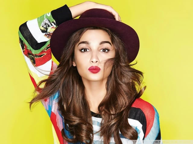 Cute Alia Bhatt Wallpapers