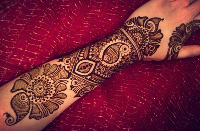 Cute Armband Dulhan Henna Designs for 2016