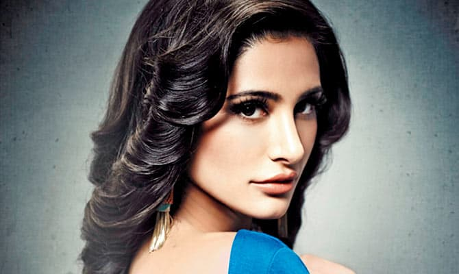 Cute Bollywood Actress Nargis Fakhri - unmarried bollywood actress above 30