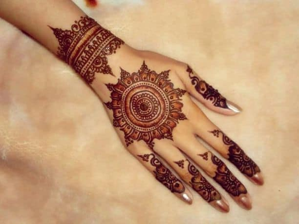 Dulhan Circle Mehndi Designs for Hands