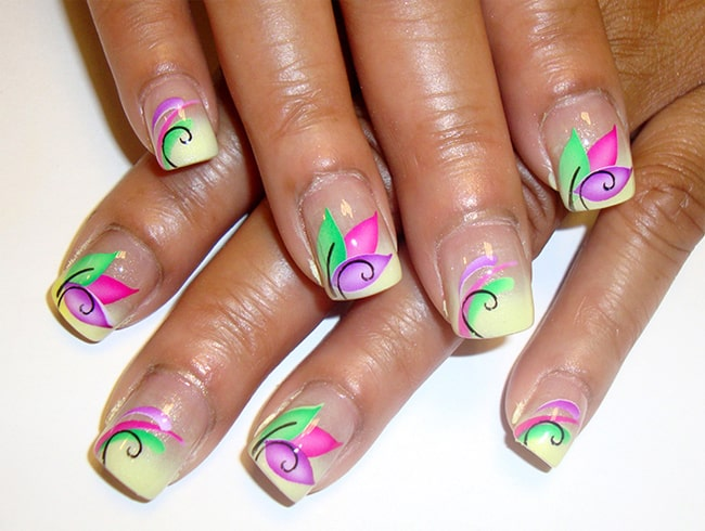 Flower Airbrush Nails Designs for Women