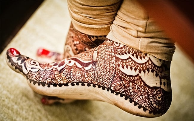 Great Foot Mehndi Designs for Dulhan