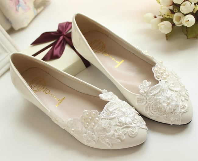 Great Married Flat White Lace Wedding Shoes