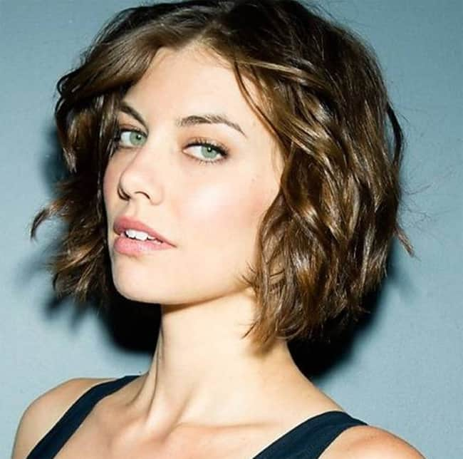 Latest Wavy Short Haircuts Trend