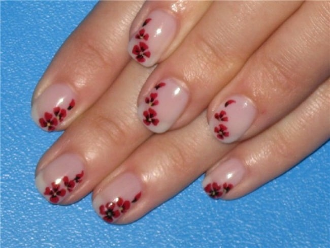 Small Flower Nails Designs for Girls