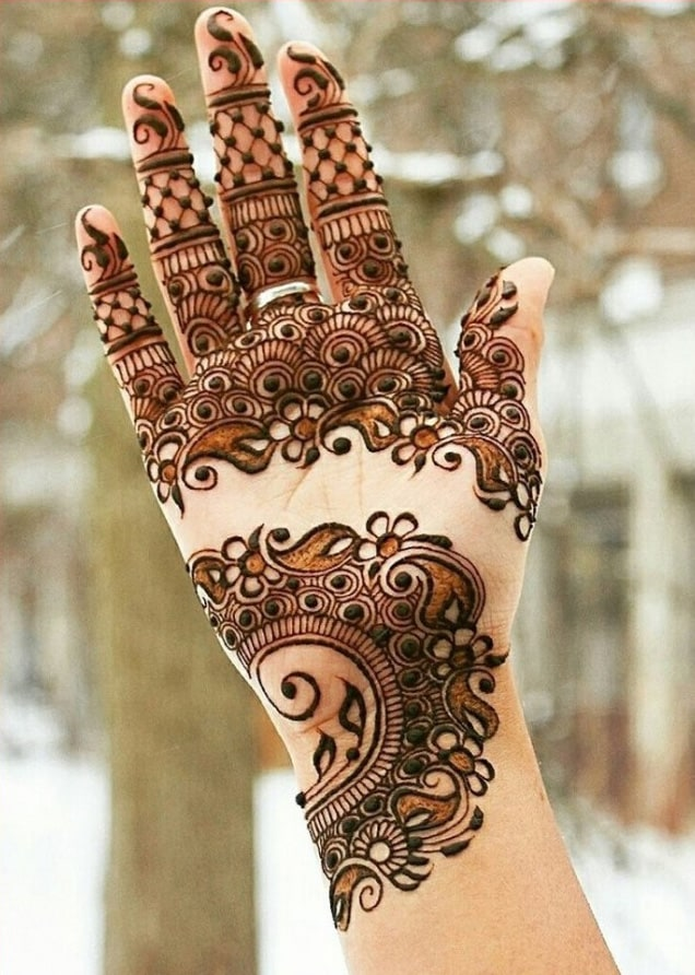Stylish Arabic Henna Designs for Hands