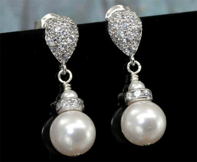 Stylish Pearl Engagement Earrings for Brides