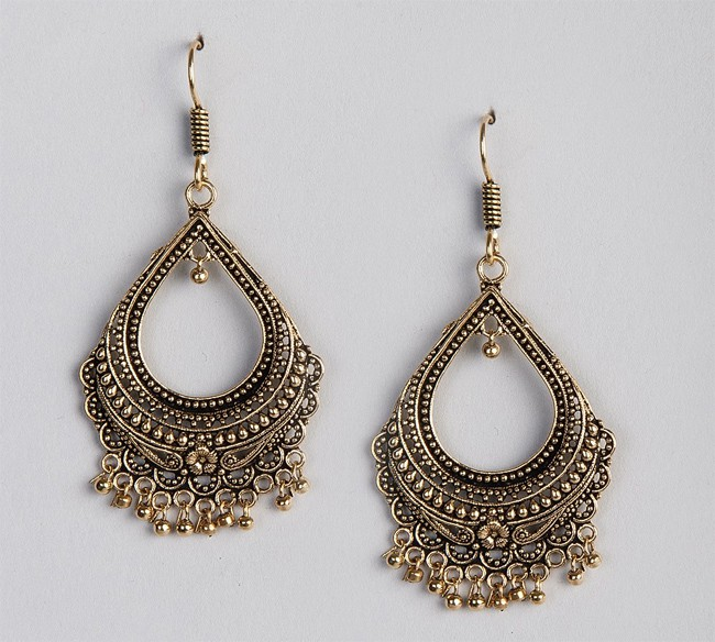 Unique Metal Amna Dangle Earrings