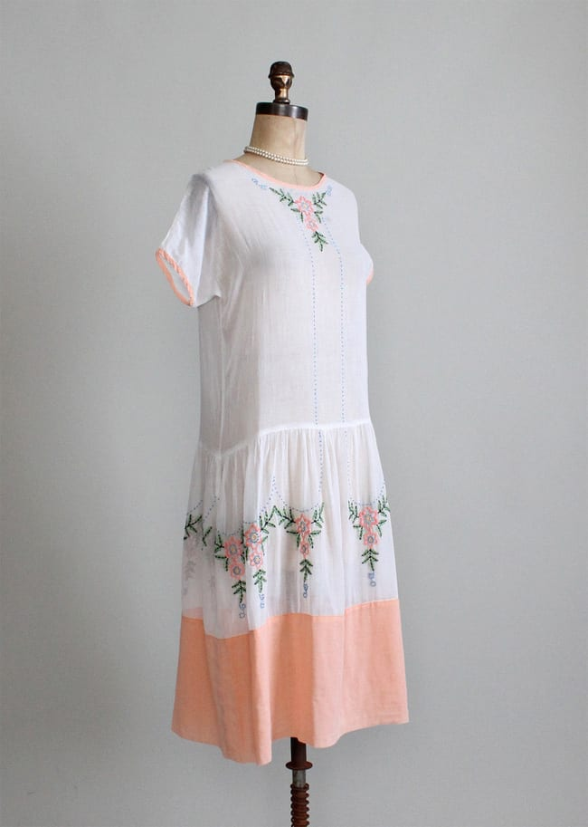 Vintage Embroidered Cotton Outfits for Women