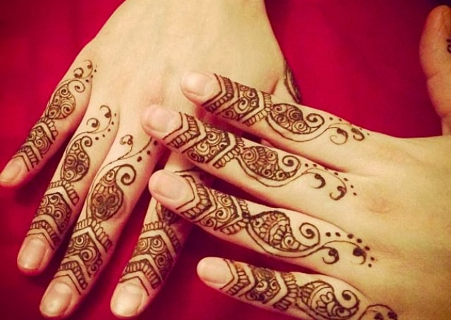 Wedding Finger Mehndi Pattern for 2016-17