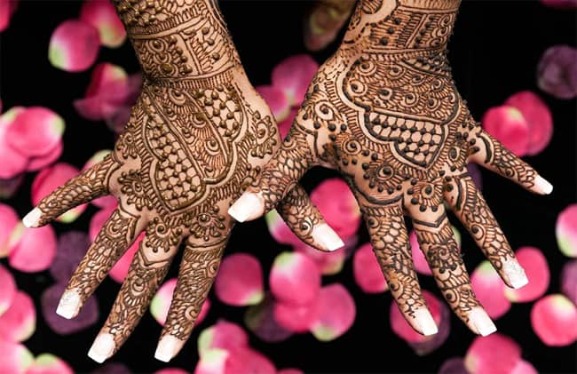 Amazing Engagement Henna Designs 2016