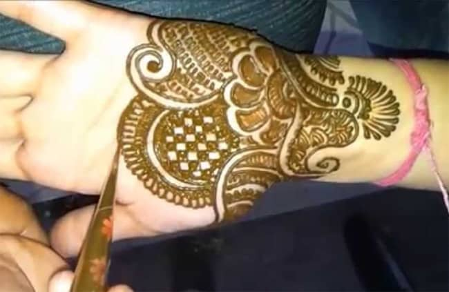 Awesome Engagement Party Mehndi Designs