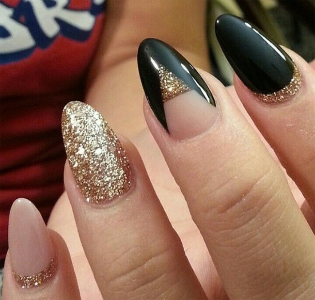 Black and Golden Long Nail Pattern Images