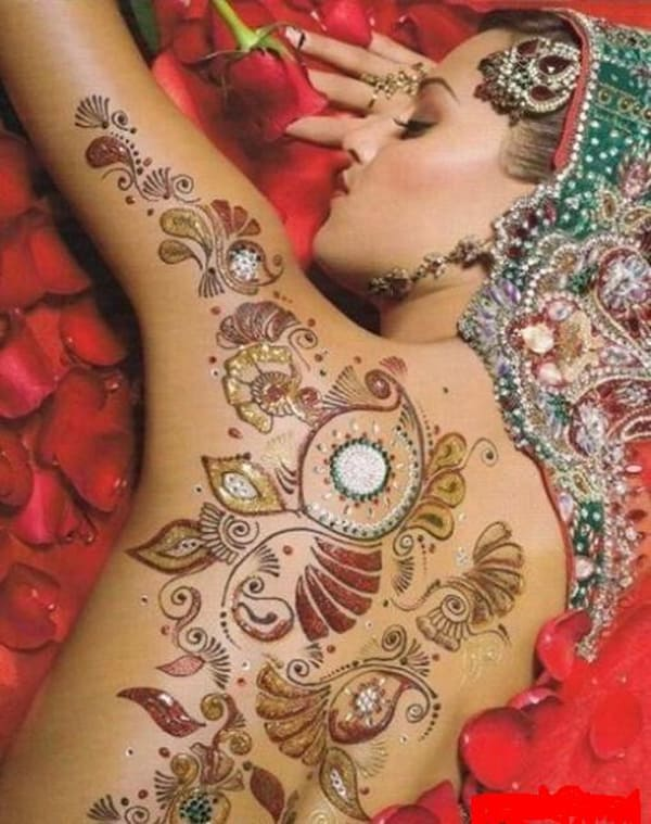 Bridal Armband and Back Shoulder Mehndi Art