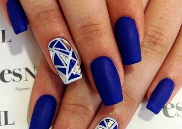 Girls Diamond Blue Nail Art New Patterns