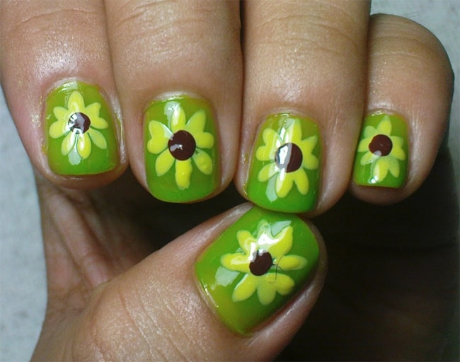 Green Sunflower Nail Art for Christmas