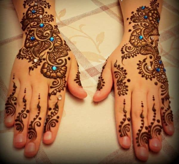 Latest Engagement Mehndi Design Ideas