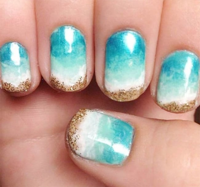 Simple and Easy Beach Nail Art Design