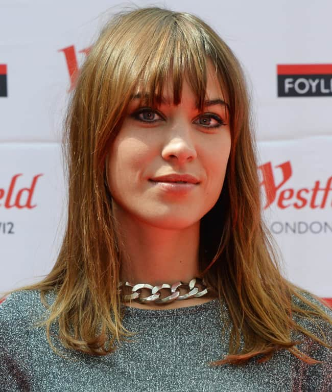 Alexa Chung Shoulder Length Fringe Haircuts for Ladies