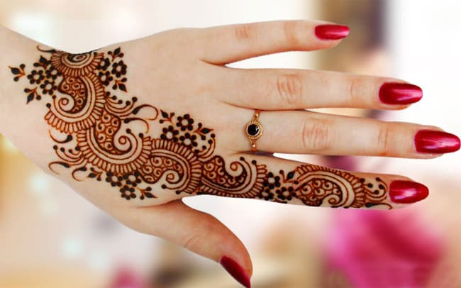 Beautiful Bridal Mehndi Designs for Eid Ul Fitr