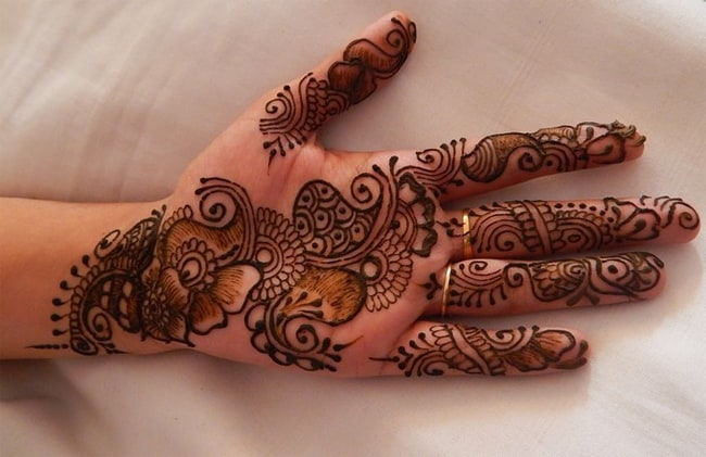 Beautiful Eid Rajasthani Mehndi Designs for Women