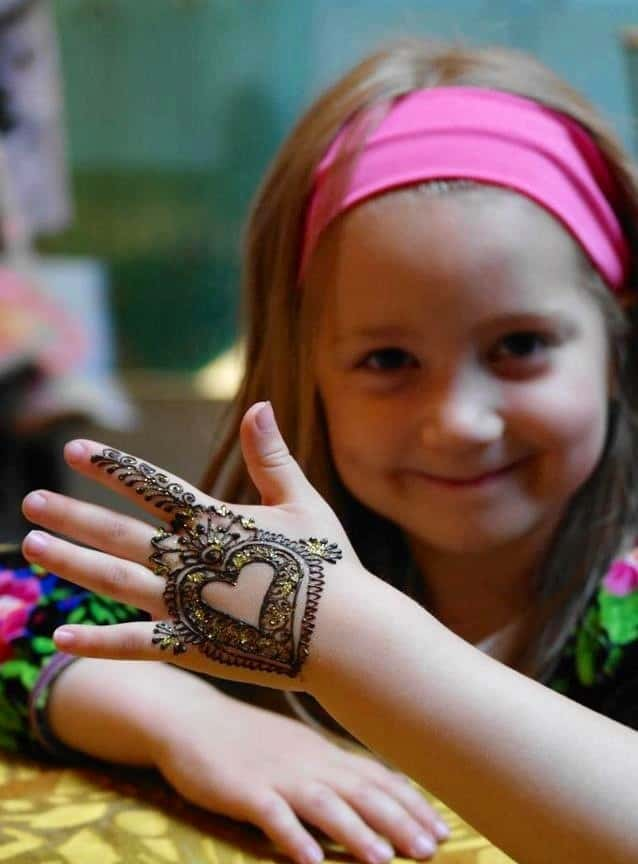 Best Heart Shaped Kids Mehndi Design Images