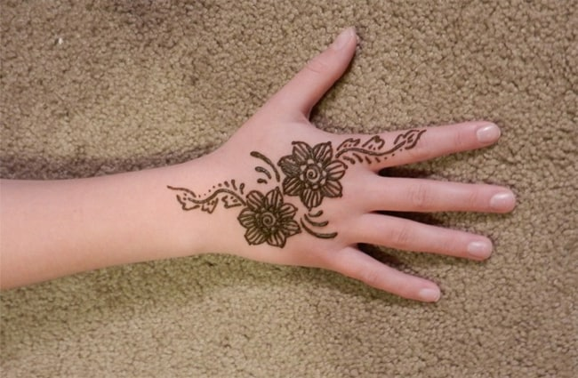 Cool Back Hand Mehndi Art for Kids 2016