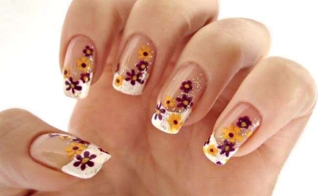 Cool Little Flower Nail Designs for Eid Ul Fitr