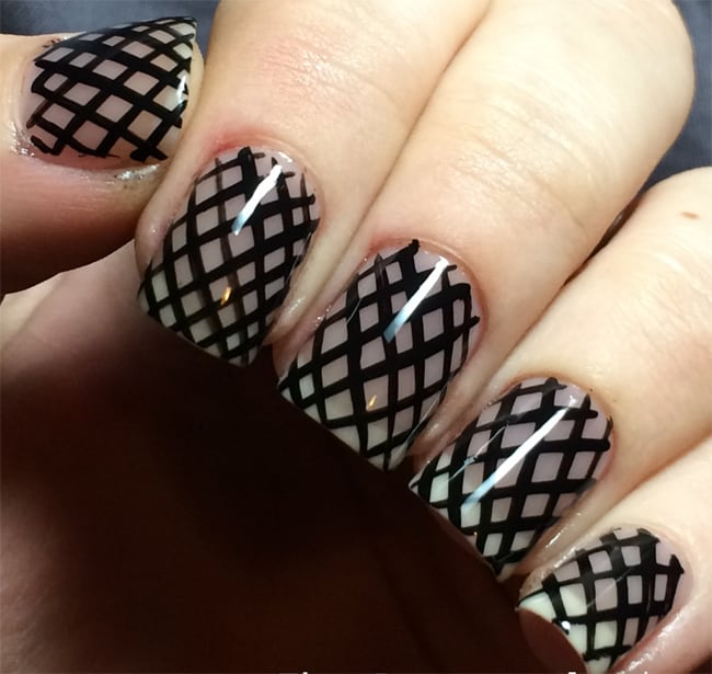 Cool New Year's Eve Fishnet Nails Ideas 2016