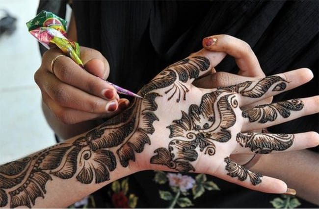 Elegant Henna Designs for Eid ul Fitr 2016-17