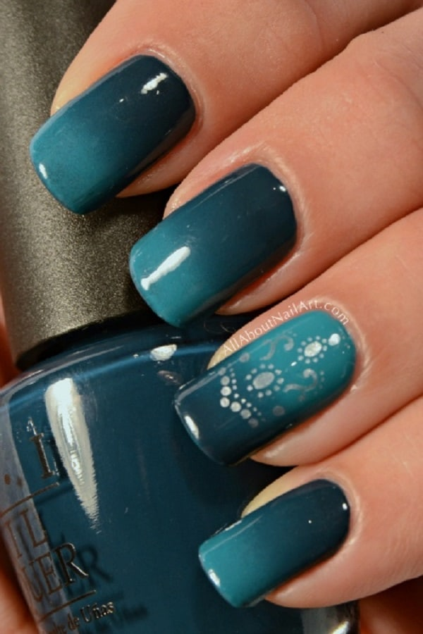 Girls Blue Green Ombre Nails Art Photos