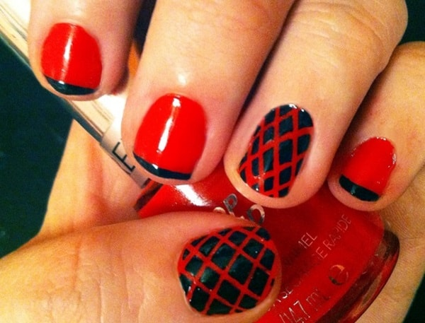 Good Fishnet Style Striping Tape Nail Designs