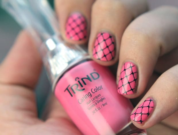 Great Pink Fishnet Nail Designs for Girls 2016