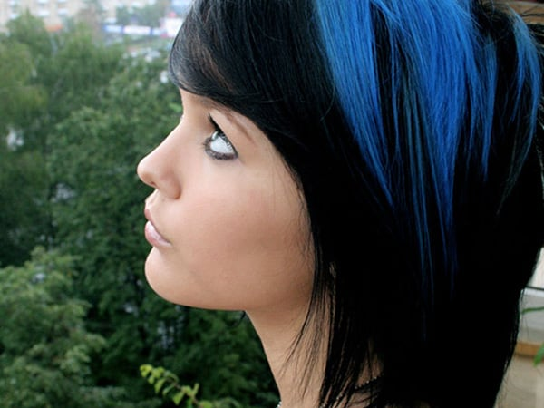streaks in hair styles top 25 blue hair streaks ideas for sheideas 4144