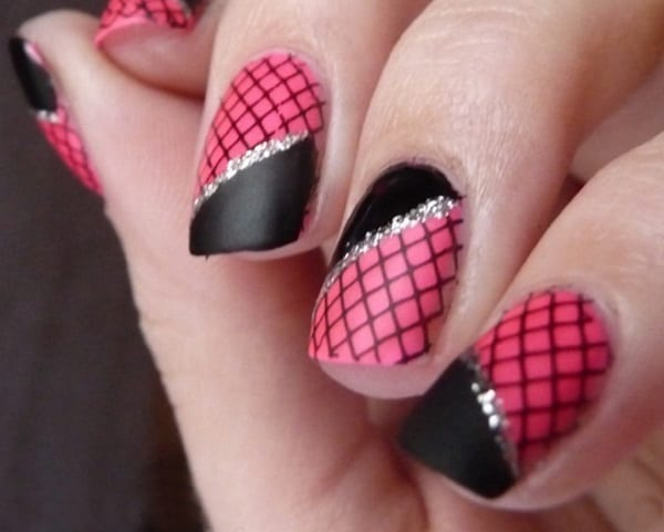 New Pink and Black Fishnet Nails Designs