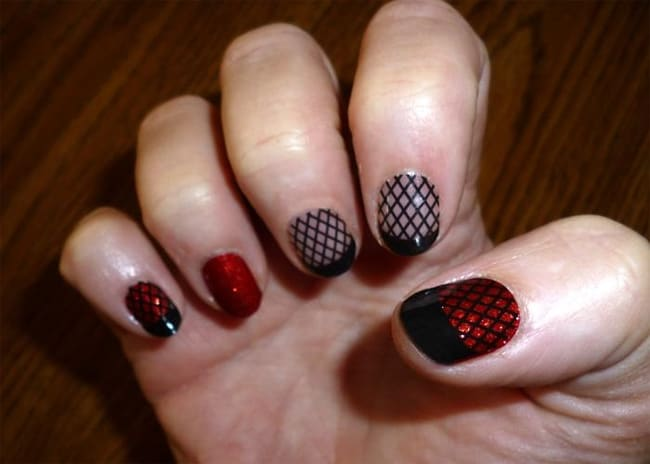 Ruby Sparkle Fishnet Nail Design for Party 2016