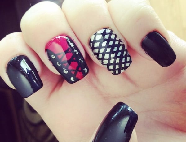 Simple Fishnet Nail Design Ideas for Ladies