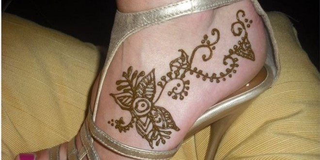 Simple Foot Mehndi Patterns for Eid Ul Fitr 2018
