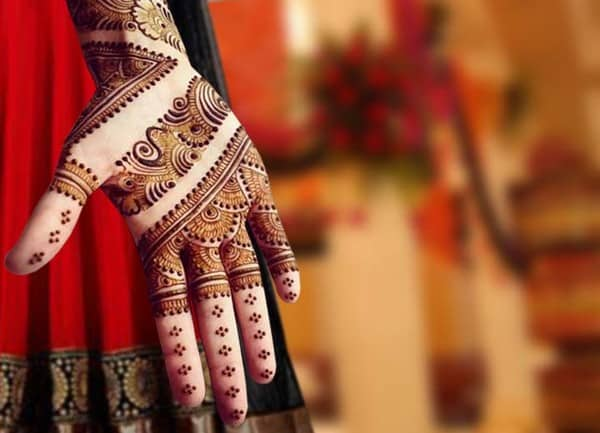 Super Eid ul Fitr Hand Mehndi Design for Brides