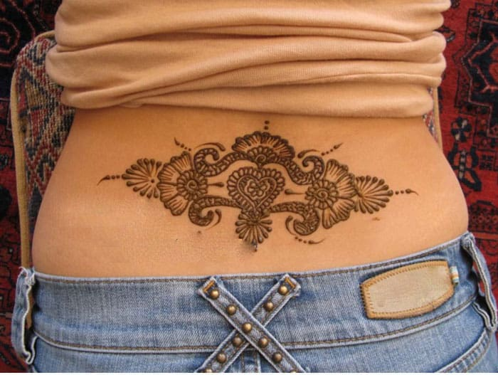 Mehndi Tattoo Lower Back : Stylish body mehndi designs collection sheideas