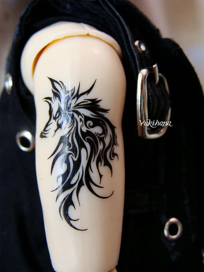 Amazing Howling Wolf Tribal Tattoo for Girls