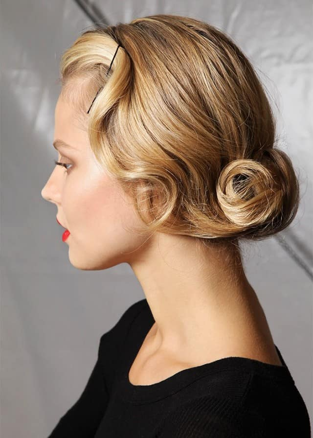 Amazing Retro Twist Hairstyles for Women