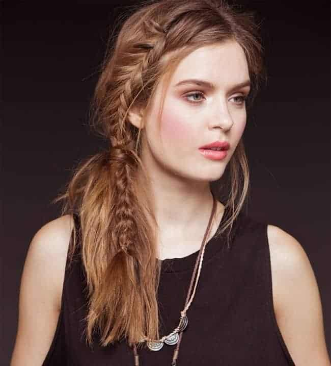 Attractive Christmas Braid Hairstyles for Long Hair