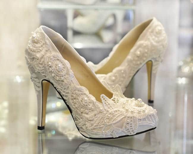 Beautiful High Heel Ivory Lace Wedding Shoes