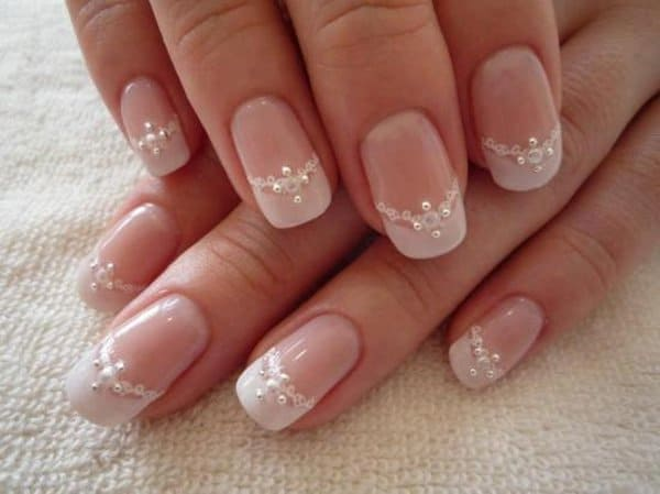 Bridal Lace and Diamond Ornaments Nail Designs
