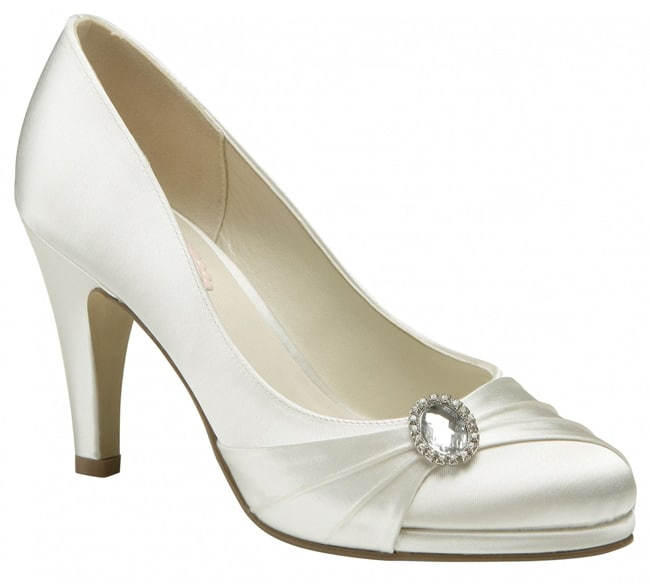 Bridal Medium Heel Round Toe Shoes Pictures