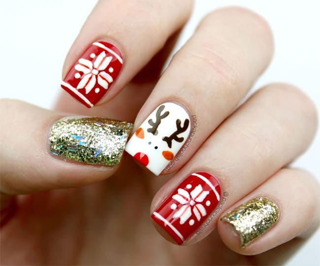 Cute Holiday Glitter Nail Art Designs for Girls