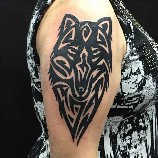 Elegant Armband Wolf Tribal Tattoo Designs
