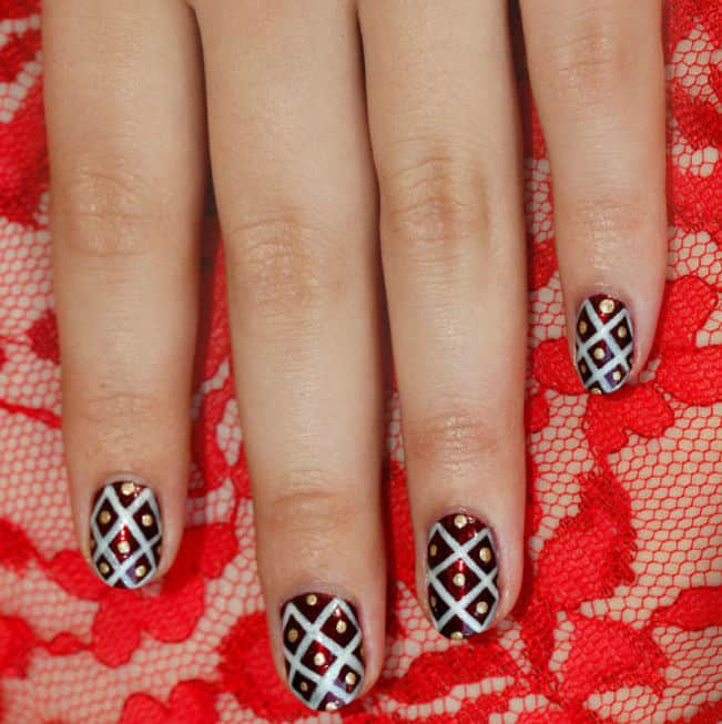 Exclusive Holiday Nail Art Step by Step